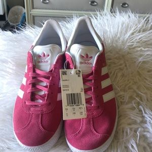 Adidas hot pink shoes
